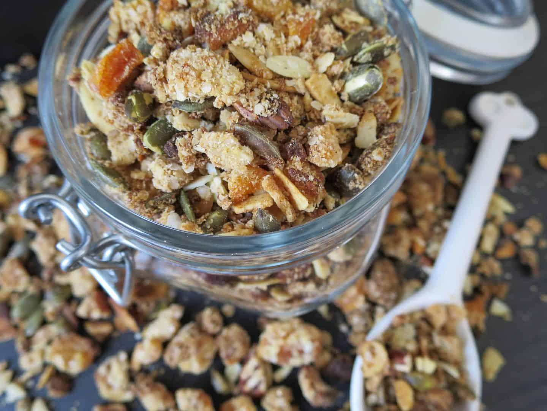 Recipe: Gluten free quinoa, pecan and apricot granola