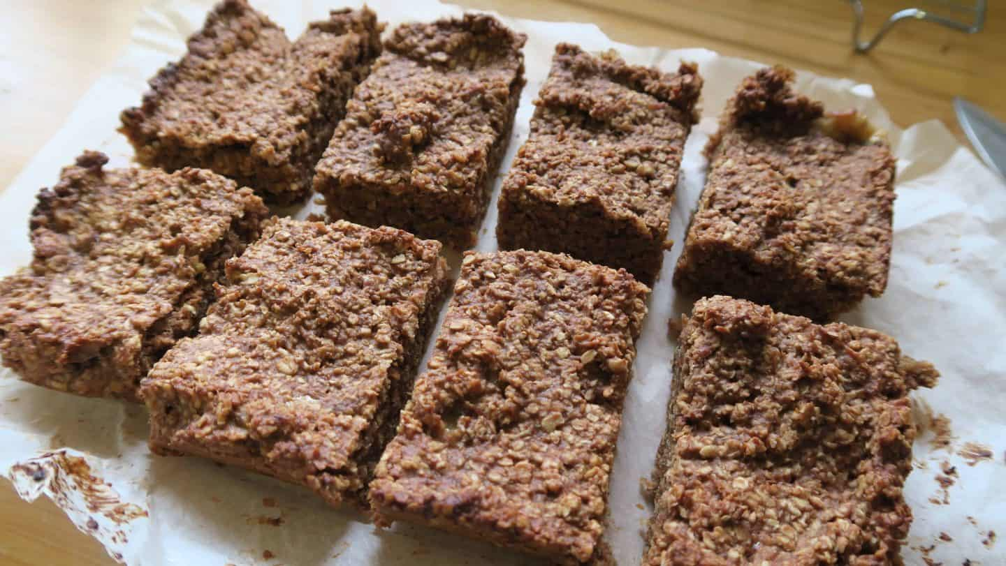 Gluten free banana and nut butter flapjack recipe