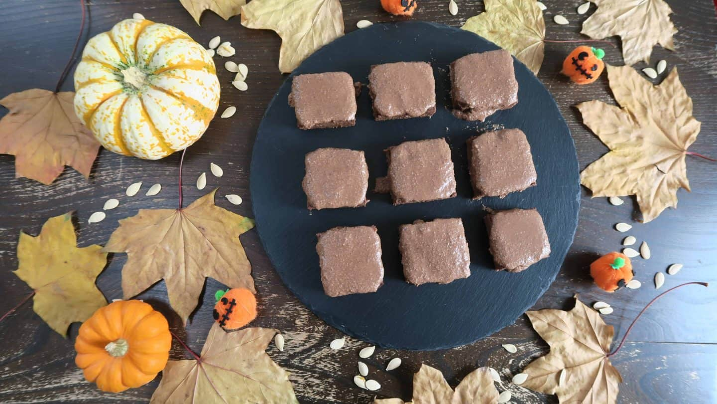 Spooky pumpkin spice brownies – gluten free, dairy free, egg free and refined sugar free