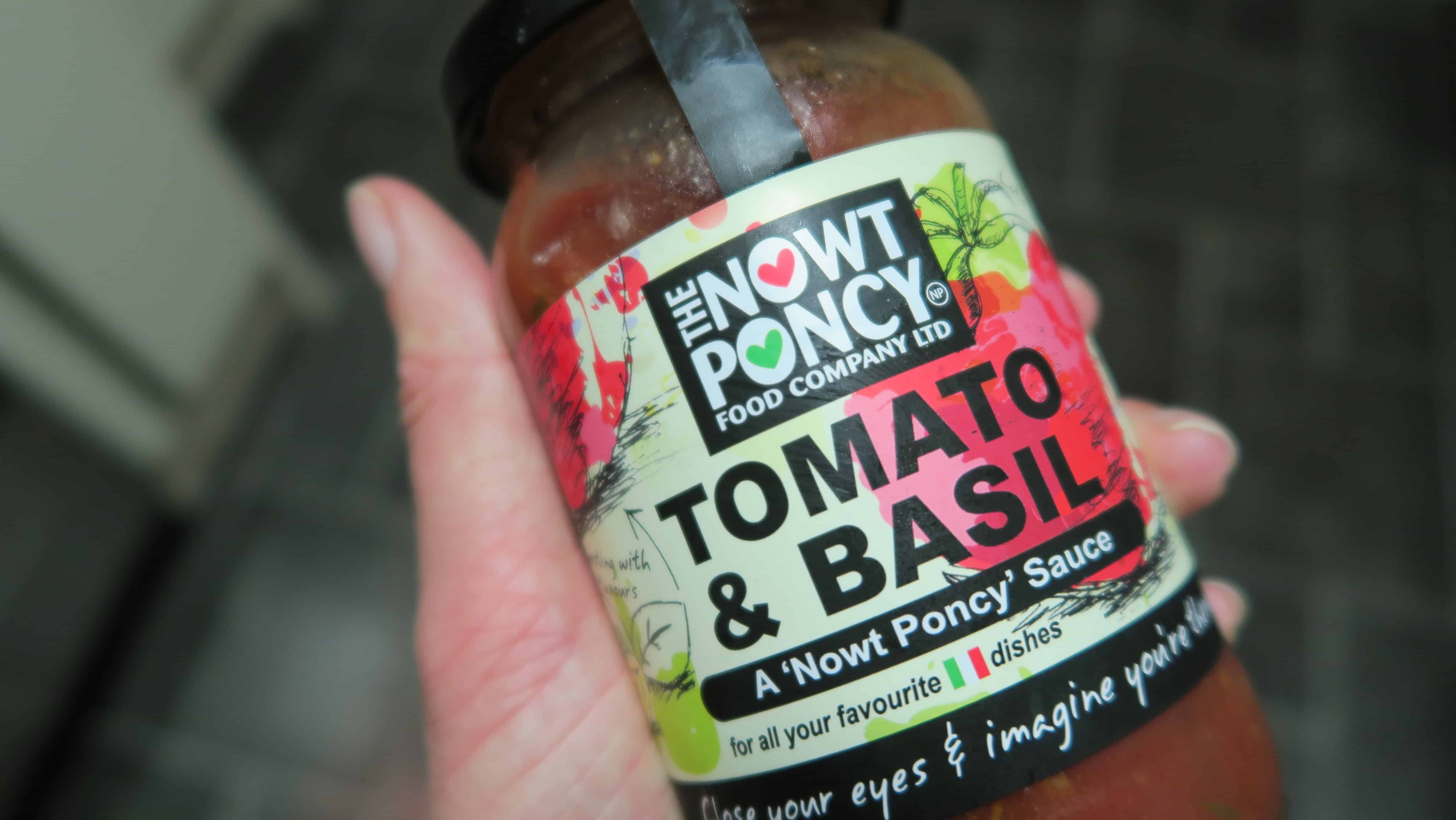 nowt-poncy-gluten-free-tomato-and-basil-pasta-sauce-1