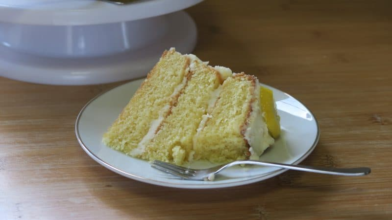 gluten free lemon and elderflower cake royal wedding cake 38