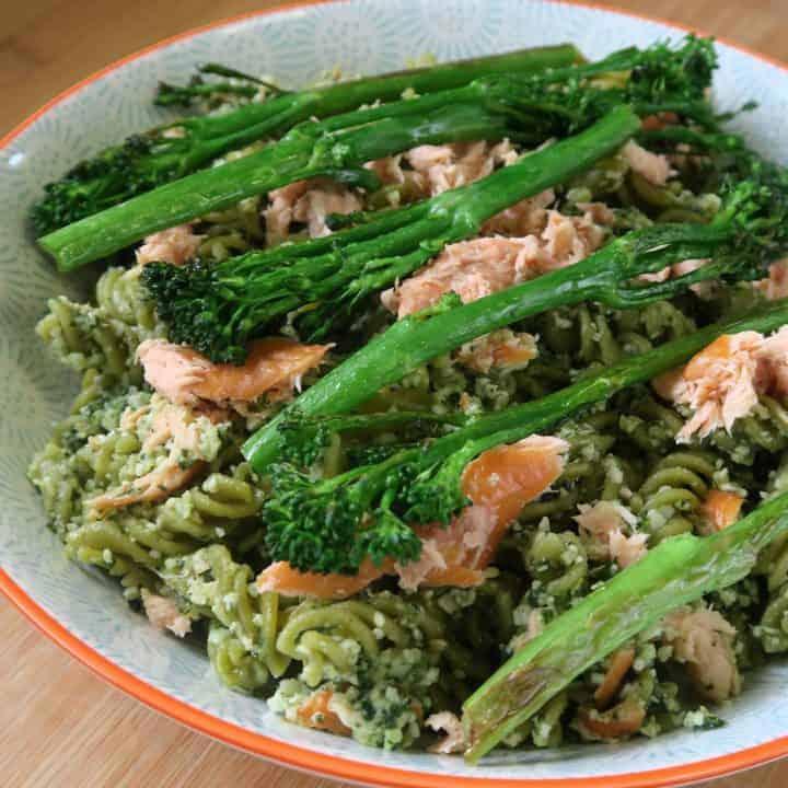 Pesto green pea pasta and broccoli
