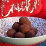 gluten free CHRISTMAS PUDDING TRUFFLES 17